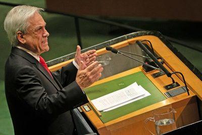 Chile busca salir de crisis a un alto precio