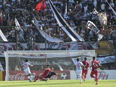 Cerro Porteño pide la sanción de Para Uno