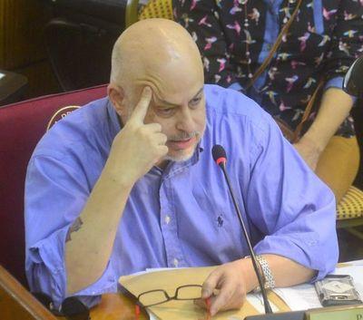 Paraguayo Cubas abusó de la inmunidad que tenía como senador, afirma parlamentaria