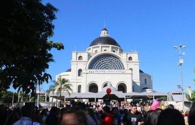 Novenario a Caacupé: Obispo crítica la politiquería y destaca necesidad de respetar la Constitución Nacional