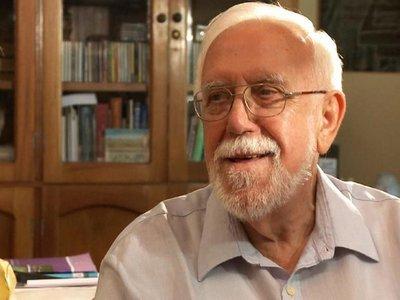 Padre Bartomeu Melià se encuentra en estado delicado de salud
