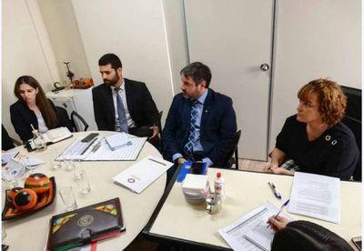 Reunión interinstitucional para coordinar labores de justicia