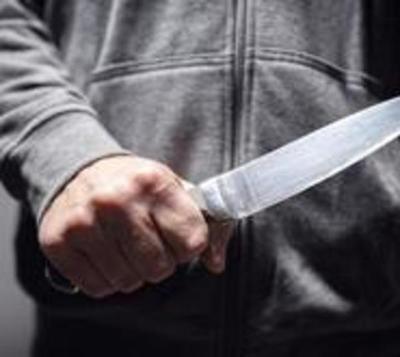 Matan a hombre tras apuñalarlo más de 50 veces