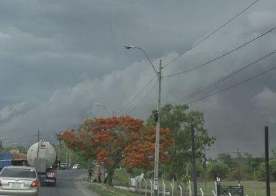 Alertan por lluvias, tormentas y posible tiempo severo