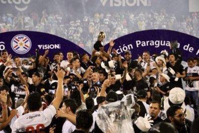 Olimpia iguala ante Guaraní y celebra su tetracampeonato