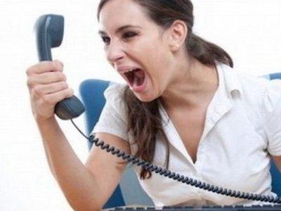"""Sedeco pide denunciar """"acoso"""" de cobradores"""