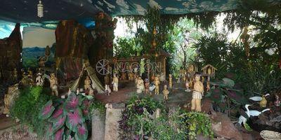 Tradicional pesebre gigante en Itauguá este año con imágenes indígenas
