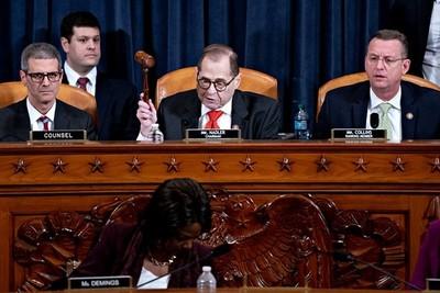 Aprobaron los cargos del juicio político a Donald Trump: la Cámara de Representantes votará la semana próxima