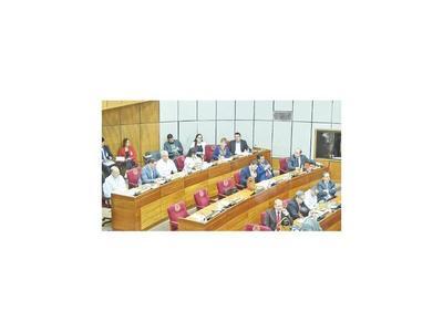 Senadores aplazan hasta el año que viene reformas en  Código Electoral