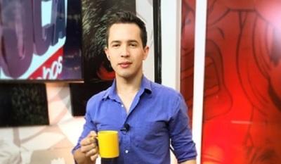 Panelista de tv afirma que es acosado por mujeres