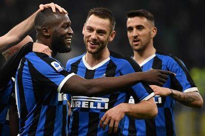 El Inter arrolla 4-0 al Génova