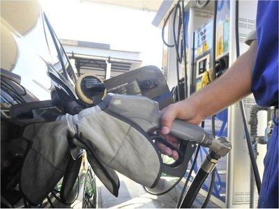 Decreto enfrenta a emblemas de combustibles con la SET
