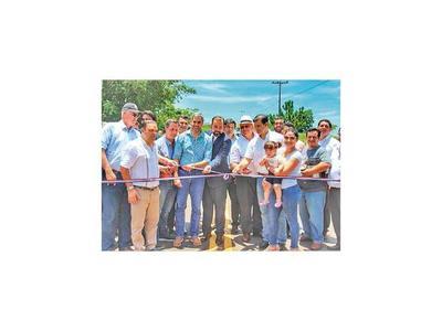 Gobierno  inauguró dos nuevas rutas, de 24 km, en Caaguazú