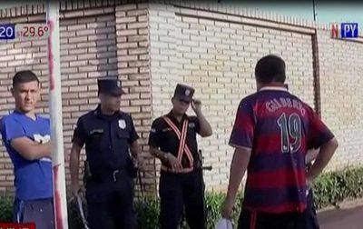 Enfrentamiento entre barras deja a un herido de bala en Fernando de la Mora