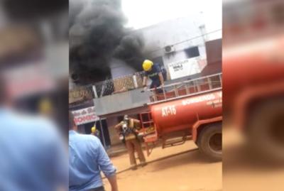 Incendio en Concepción consumió una emisora radial