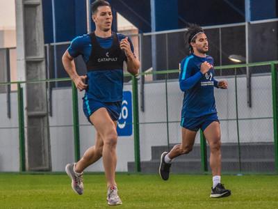 30 futbolistas trabajarán con Chiqui Arce en la pretemporada