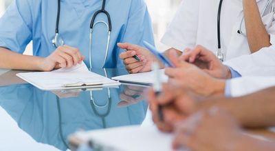 El año del personal de enfermería y de partería