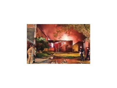 Incendio deja pérdida de 1 millón de dólares