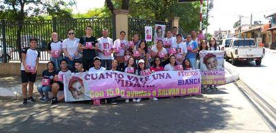 Voluntarios realizaron colecta para Bianca