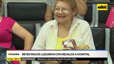 Reyes Magos llegaron con regalos a hospital