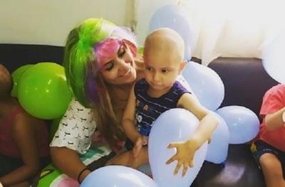Por el día de Reyes, Diana Camarasa compartió con los niños del hospital
