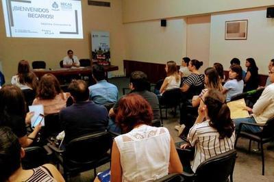Se instruirá a nuevos becarios en cuestiones administrativas del programa Becal