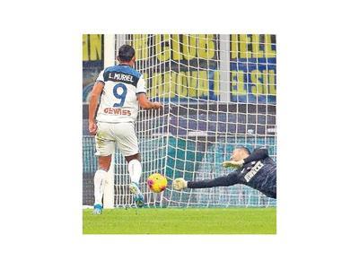 Handanovic rescató al Inter