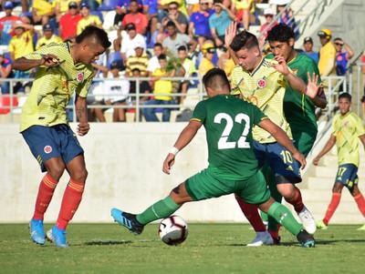 La sub-23 de Bolivia triunfa en su último partido de preparación