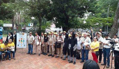 Intensa minga ambiental en barrio San Pablo