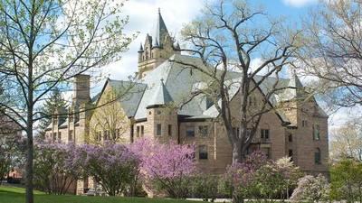 Crean becas Rutherford B. Hayes para estudiantes paraguayos