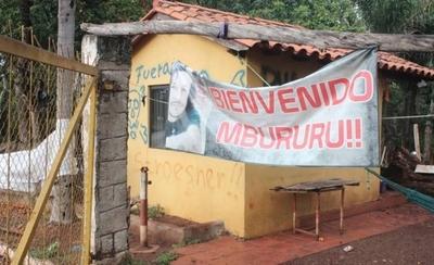 HOY / Acusan a Mbururu de engañar a invasores: habría cobrado G. 600 millones