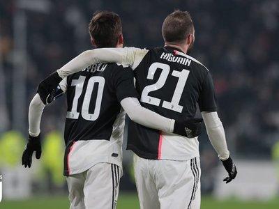 Un recital de Dybala e Higuaín lanza a Juventus a los cuartos