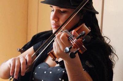 Homenaje musical para Lucrecia
