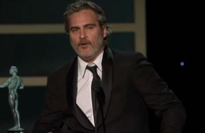 El homenaje de Joaquin Phoenix a Heath Ledger tras ganar los SAG Awards