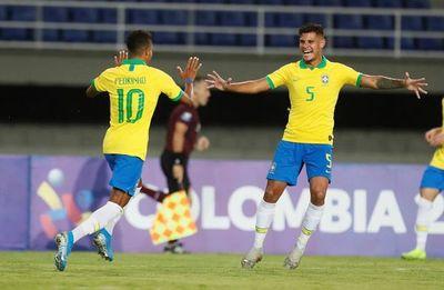 Brasil vence a Uruguay y se afianza en la punta
