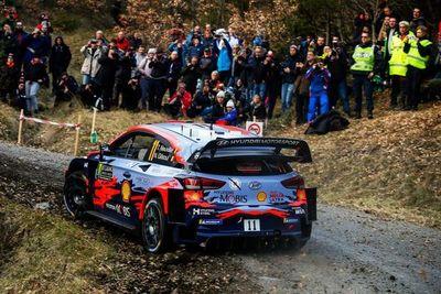 Neuville empieza líder en el Rally de Montecarlo
