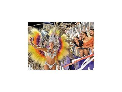 Esta noche  se abre el telón del Carnaval Encarnaceno
