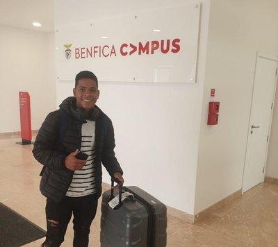 El chico paraguayo que cumple su sueño europeo y llega al Benfica