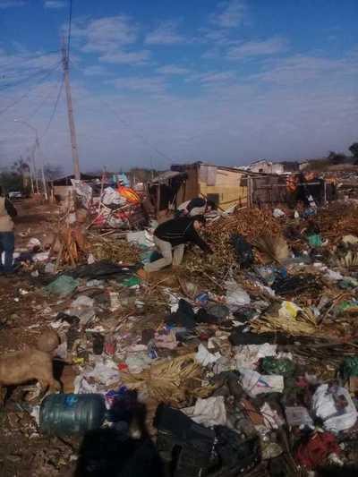 Comuna fernandina lamenta inacción y denuncia a propietarios de baldíos