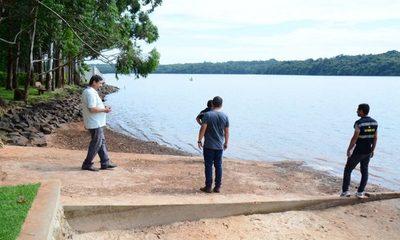 Pese a verificación, vecinos sostienen que matadero contamina el lago Acaray