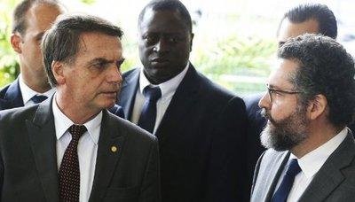 Canciller brasileño visitará el país para coordinar renegociación de Itaipú