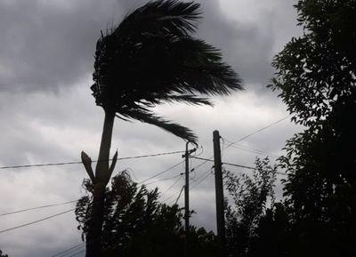 Tormenta causa cortes de energía en Asunción