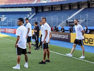 Corinthians hace el reconocimiento de La Nueva Olla