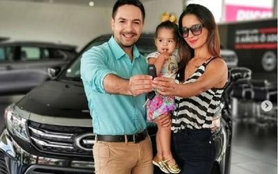 Mariela Bogado y Fernando Eid mostraron al 'nuevo integrante' de su familia