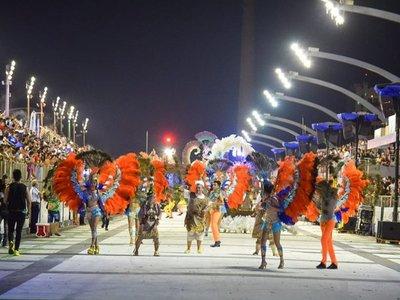 Carnaval de Encarnación activa promo de entradas 2x1