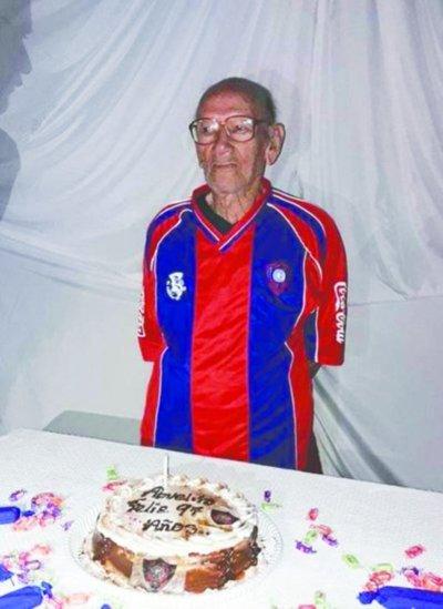 Quiere cumplir sus 99 años en la Nueva Olla