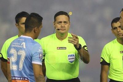 Conmebol reacciona y cambia a cuestionados árbitros