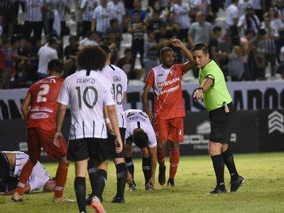 Elizondo designa a dos árbitros para un plan de recuperación