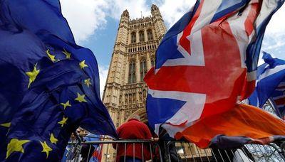 """UE advierte a Londres contra """"ilusiones"""" sobre servicios financieros"""