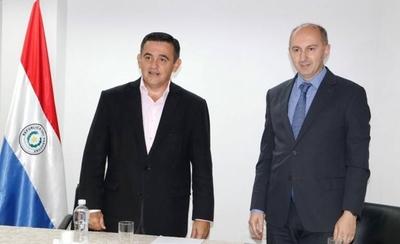 """HOY / Embajador de UE con Petta:  """"Hemos acordado no hacer  declaraciones a la prensa"""""""
